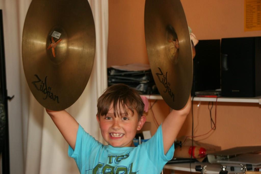 Mit dem Bildungsspender der Musikschule KLANGwelt helfen