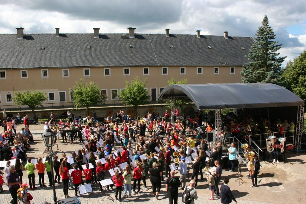 Kinder- und Nachwuchsorchestertreffen auf der Festung Königstein